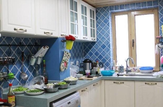 地中海風格廚房裝修效果圖