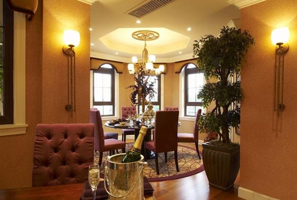 别墅餐厅吊顶装修效果图 260平欧式田园风格别墅浴室装修