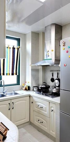 乡村风格小别墅厨房装修案例