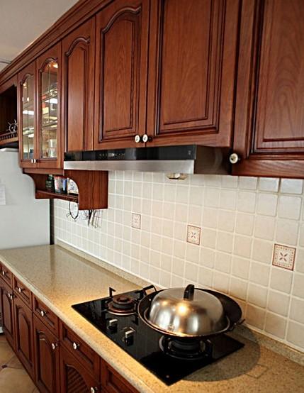 2014美式厨房实木橱柜图片大全