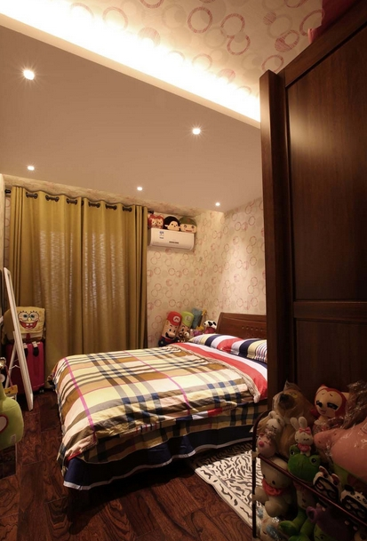 温馨两室装修儿童房吊顶效果图