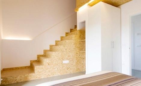 简约清新别墅室内楼梯装修效果图