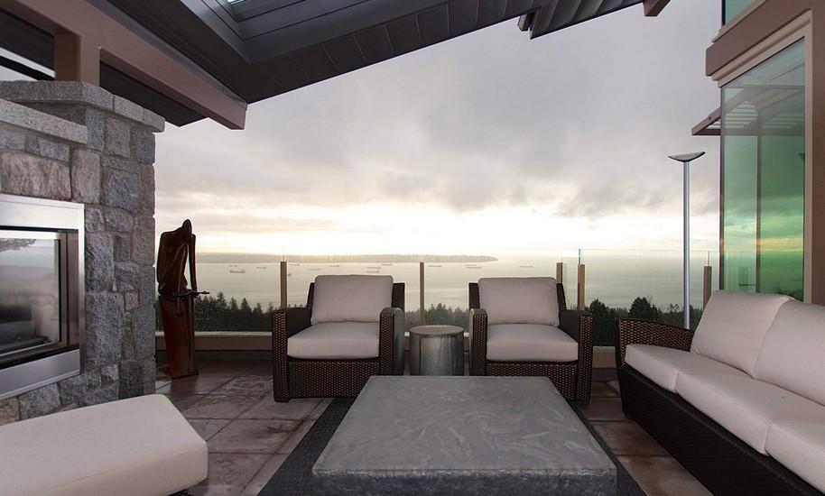 别墅顶楼露天阳台设计效果图片欣赏