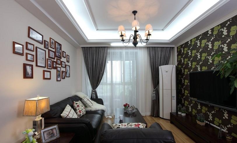 欧式风格三室户型装修客厅照片墙图片