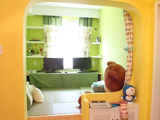 日式小户型阳台书房装修案例