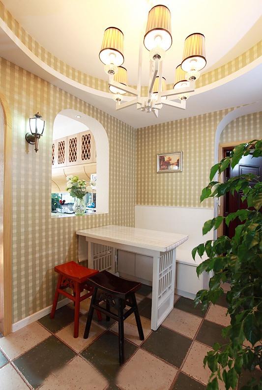 餐厅橱柜装修效果图 餐厅橱柜装修效果图 餐厅壁橱装修效