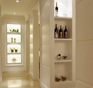 家装木工做的酒柜造型