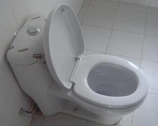 马桶水箱漏水的原因