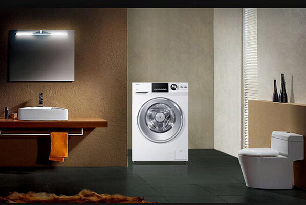 海尔滚筒洗衣机尺寸   海尔XQG50-K9866:   洗涤公斤量: 2kg 以下 洗涤功率: 100瓦以下   外观尺寸(高*宽*深)(MM) 595x450x840   海尔XQBM33-968:   洗涤公斤量: 2.1-4.5kg 洗涤功率: 100-150瓦   外观尺寸(高*宽*深)(MM) 438x448x760
